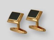 Золотые запонки с вставкой оникс