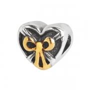 Серебряный шарм с позолотой сердце