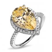 Серебряное кольцо L.A. Crystal с фианитом цвета «Желтый бриллиант» и фианитами