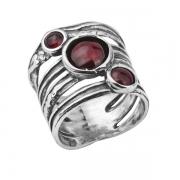 Серебряное кольцо Shablool с гранатом