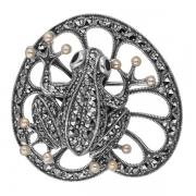 Серебряная брошь c микрожемчугом, аметистом и марказитами