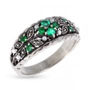 Серебряное кольцо c изумрудом, микрожемчугом и марказитами