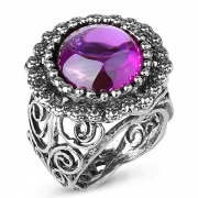 Серебряное кольцо Yaffo с фианитом цвета Аметист