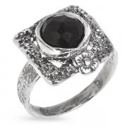 Серебряное кольцо Yaffo с черным ониксом