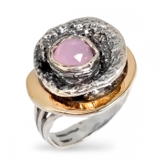 Серебряное кольцо Yaffo c розовым кварцем и золотом