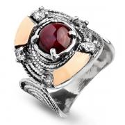 Серебряное кольцо Yaffo с гранатом, фианитами и золотом