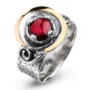 Серебряное кольцо Yaffo с гранатом и золотом