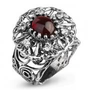 Серебряное кольцо Yaffo с гранатом и фианитами