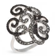 Серебряное кольцо со шпинелью и  марказитами Сваровски