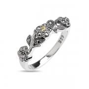Серебряное кольцо с марказитами и фианитами