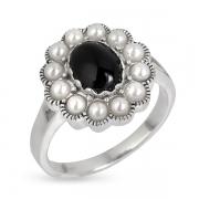 Серебряное кольцо с ониксом и иск. микрожемчугом