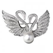 Серебряная брошь De Luna  с жемчугом и фианитами